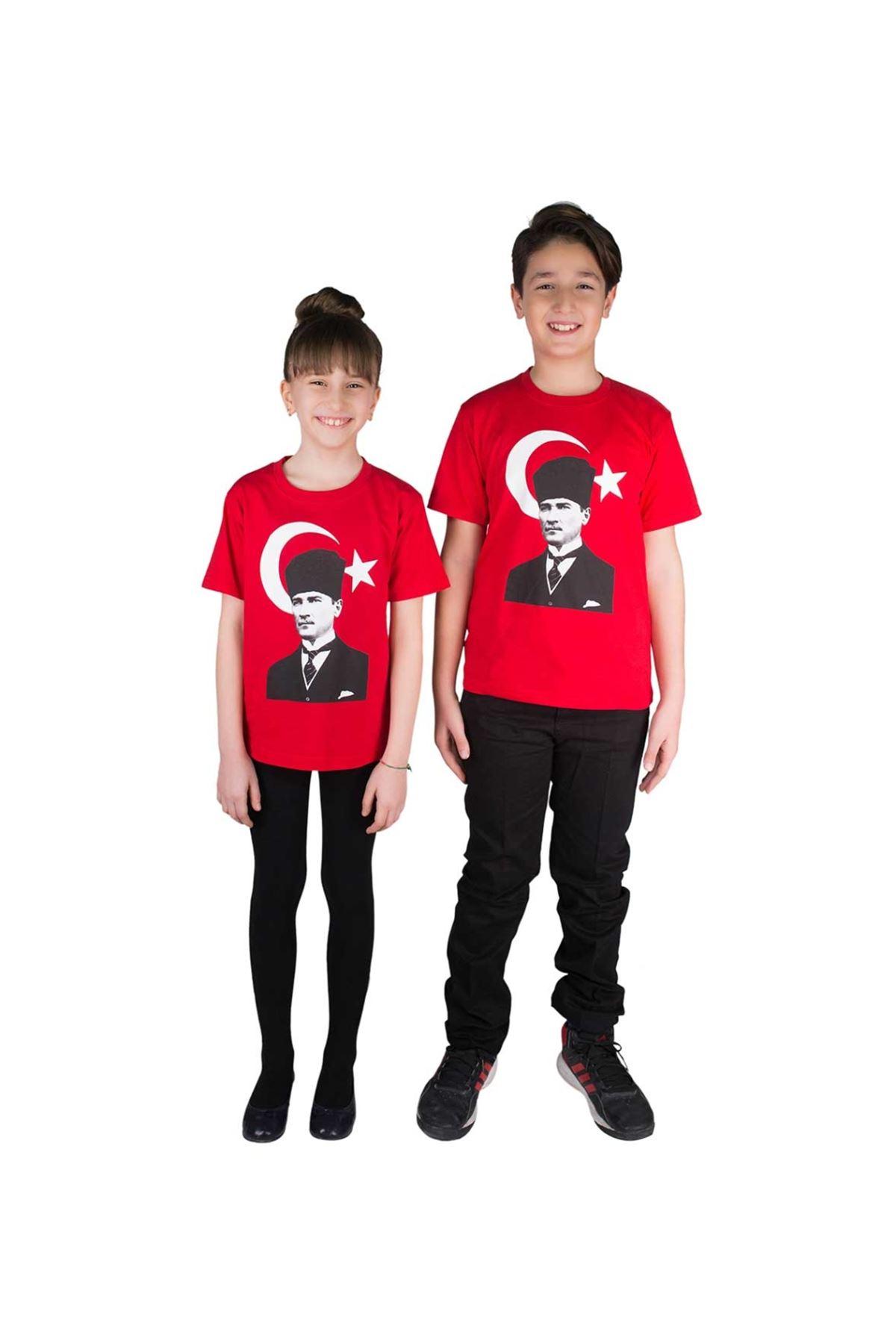 Kırmızı Atatürk ve Bayrak Baskılı Pamuklu Tişört