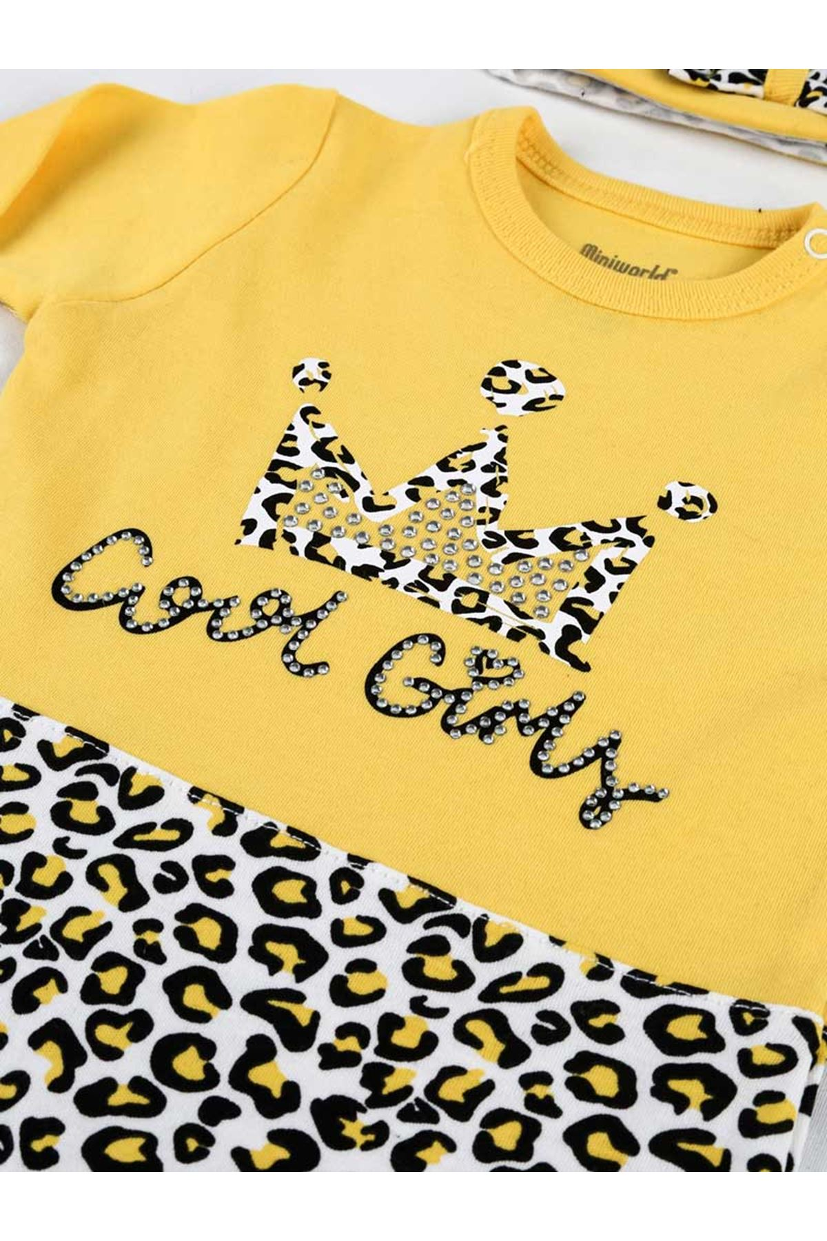 Sarı Leopar Desen Mevsimlik Şapkalı  Kız Bebek Tulum