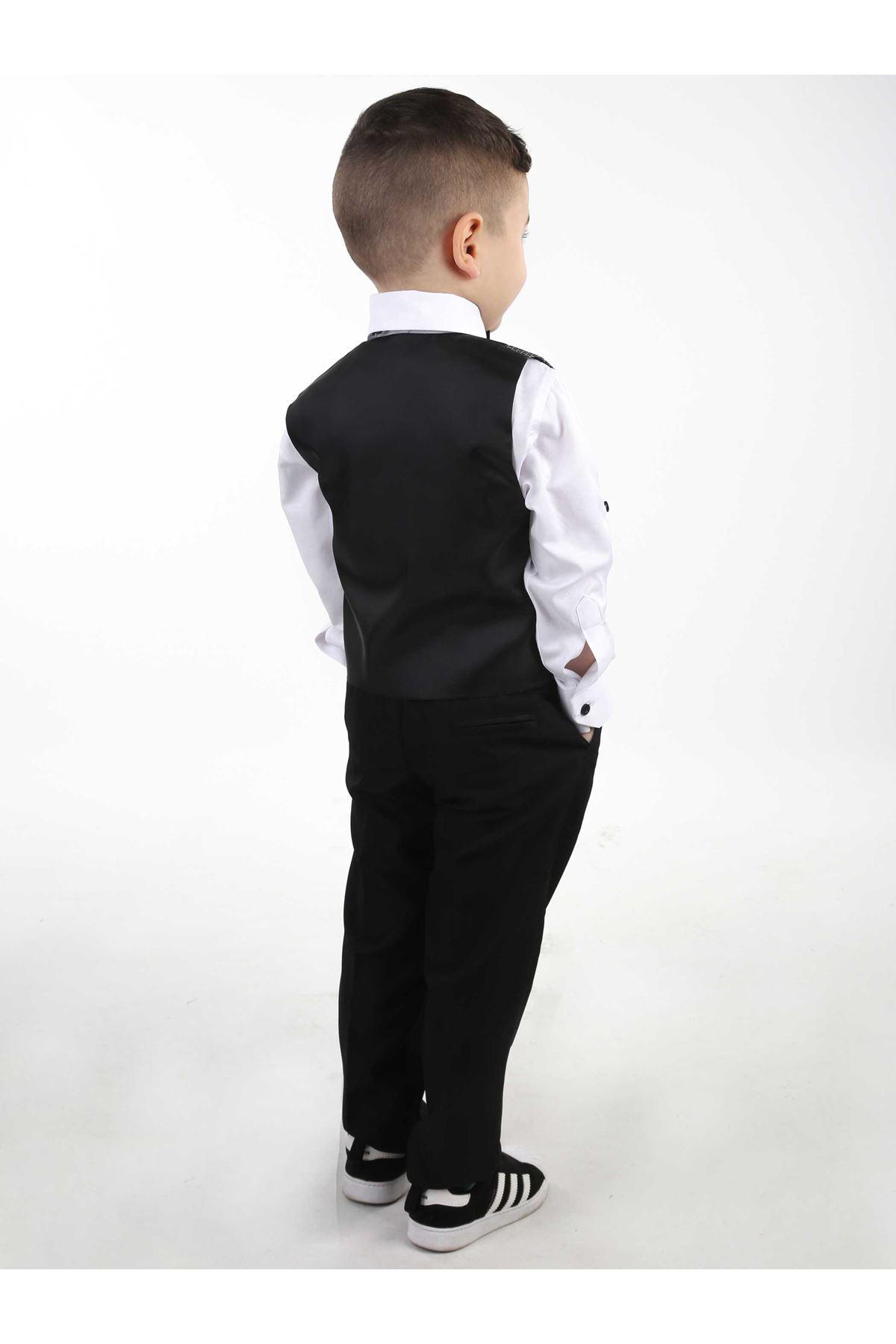 Gri Yelekli Papyonlu Erkek Çocuk Takım Elbise