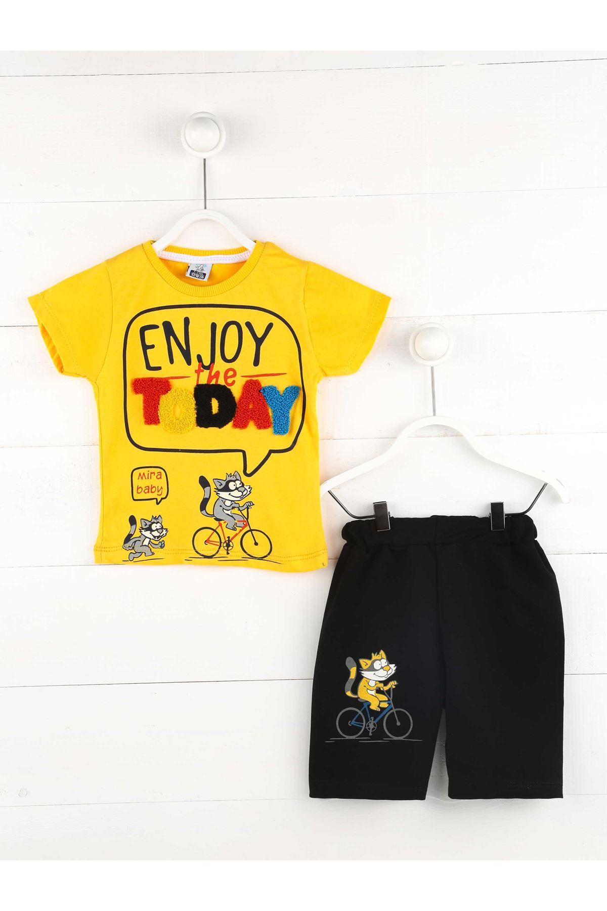 Sarı Yazlık Erkek Çocuk Şortlu Takım