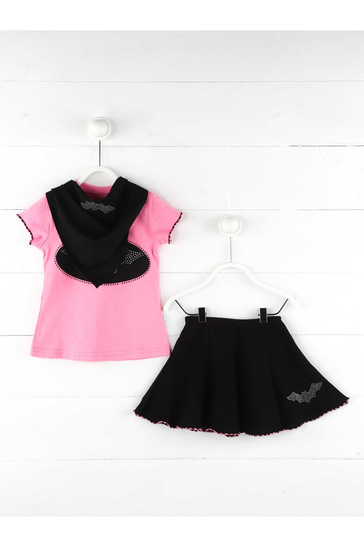 Girls skirt T-shirt 2 Sets Casual Model Stylish Girls Kids Cotton Clothing Sets pink Black suit cute clothing style