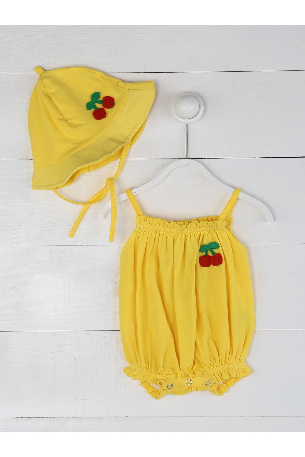 Sarı Yazlık İp Askılı Kız Bebek Şapka ve Tulum
