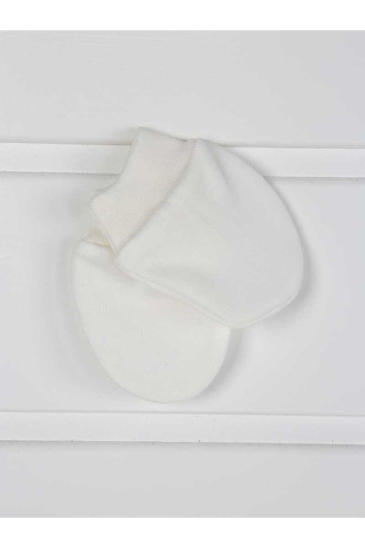 Beyaz Yenidoğan Kız Bebek 5 li Hastane Çıkışı