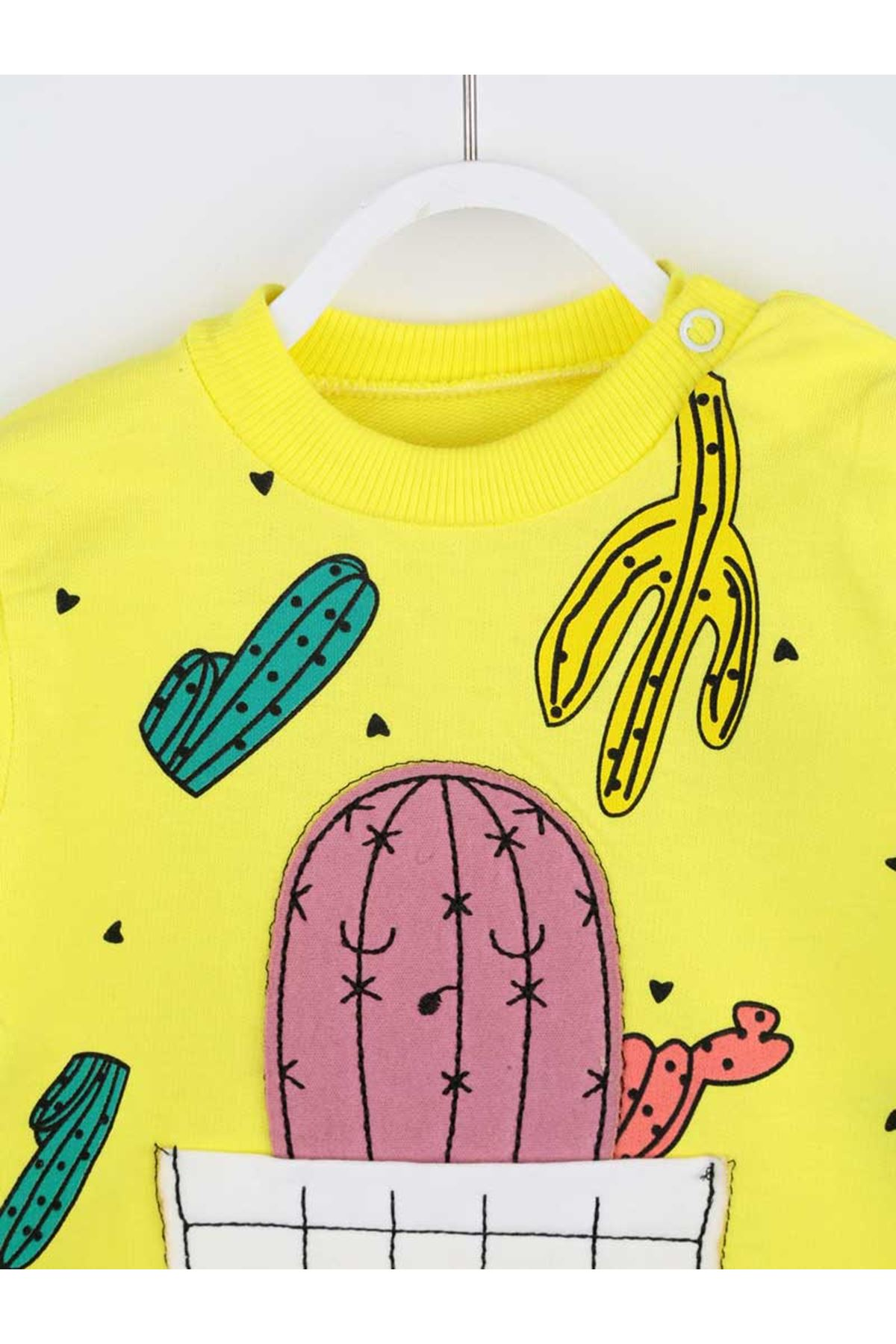 Sarı Kaktüs Desenli Kız Bebek Tulum
