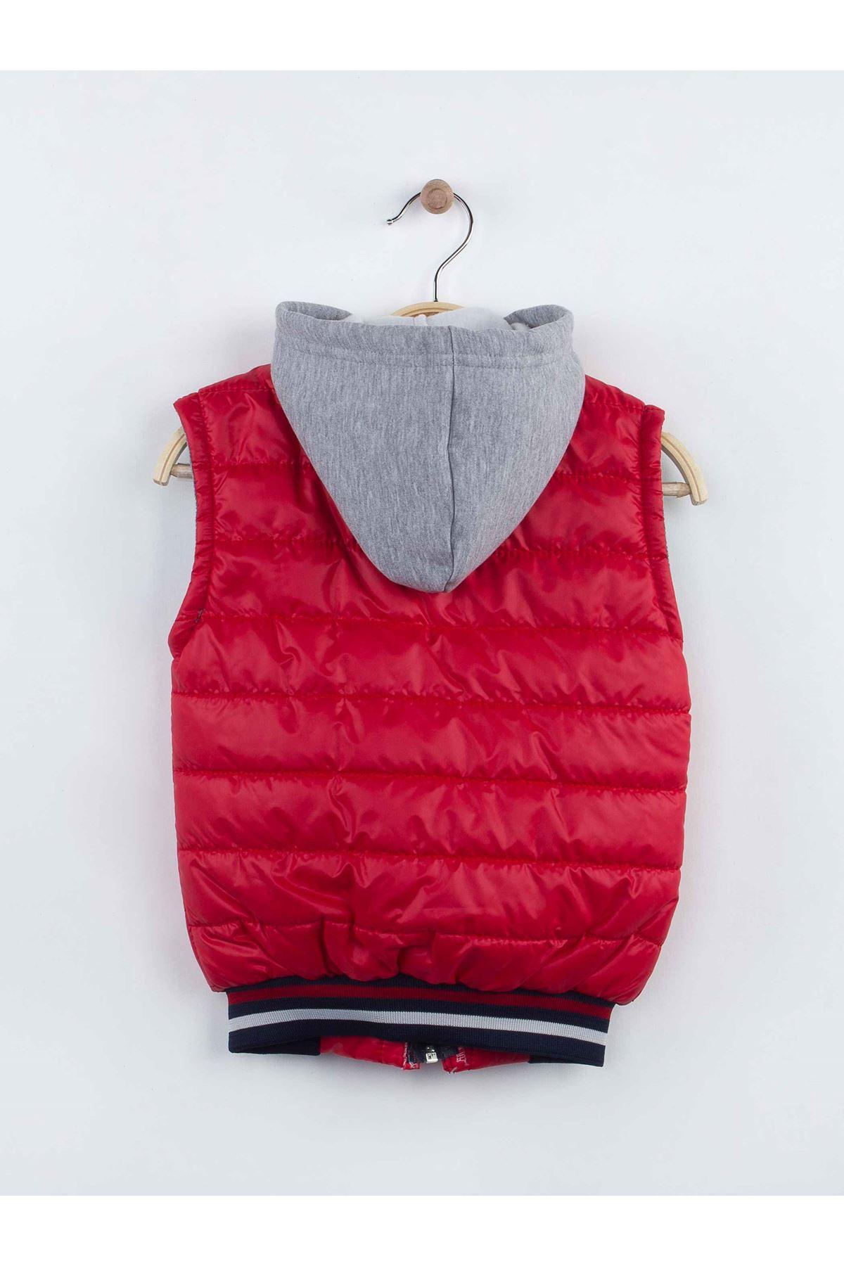 Kırmızı Kışlık Kapüşonlu Yelekli Erkek Çocuk 3 lü Takım