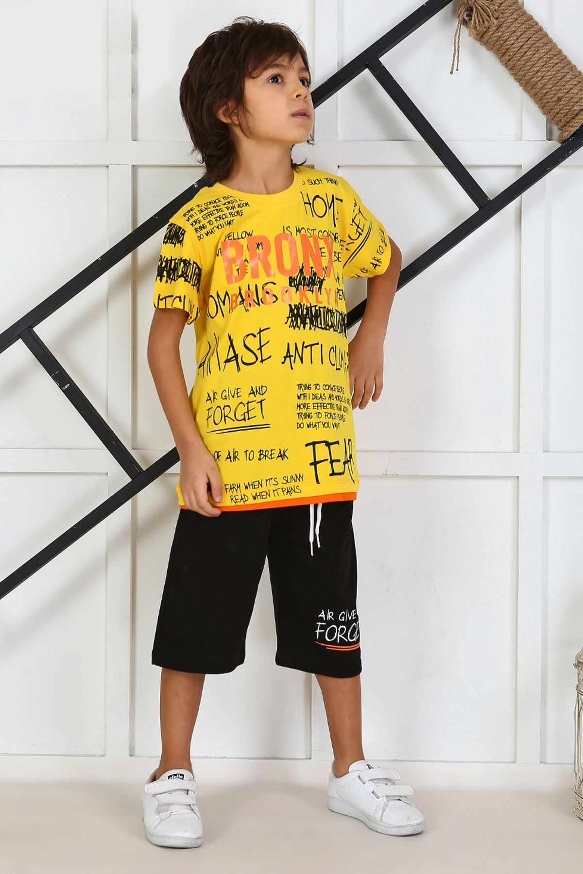 Yellow Child Boy Teenage Male Clothes Suit Summer Children T-Shirt Shorts 2 Piece Clothing Set Beach Boys Outfits sport Models