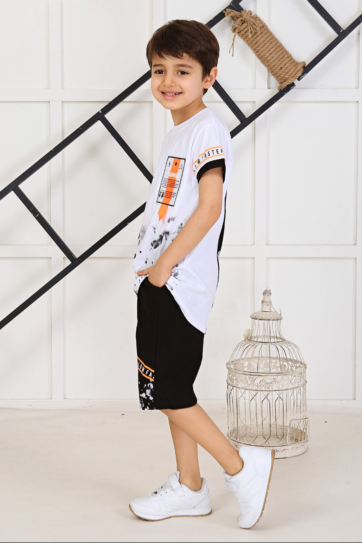 White Boy Summer Shorts Set 2 Piece Clothes Shorts T-shirt Casual Casual Holiday Children Boys Cool Cotton Outfits kids Clothing